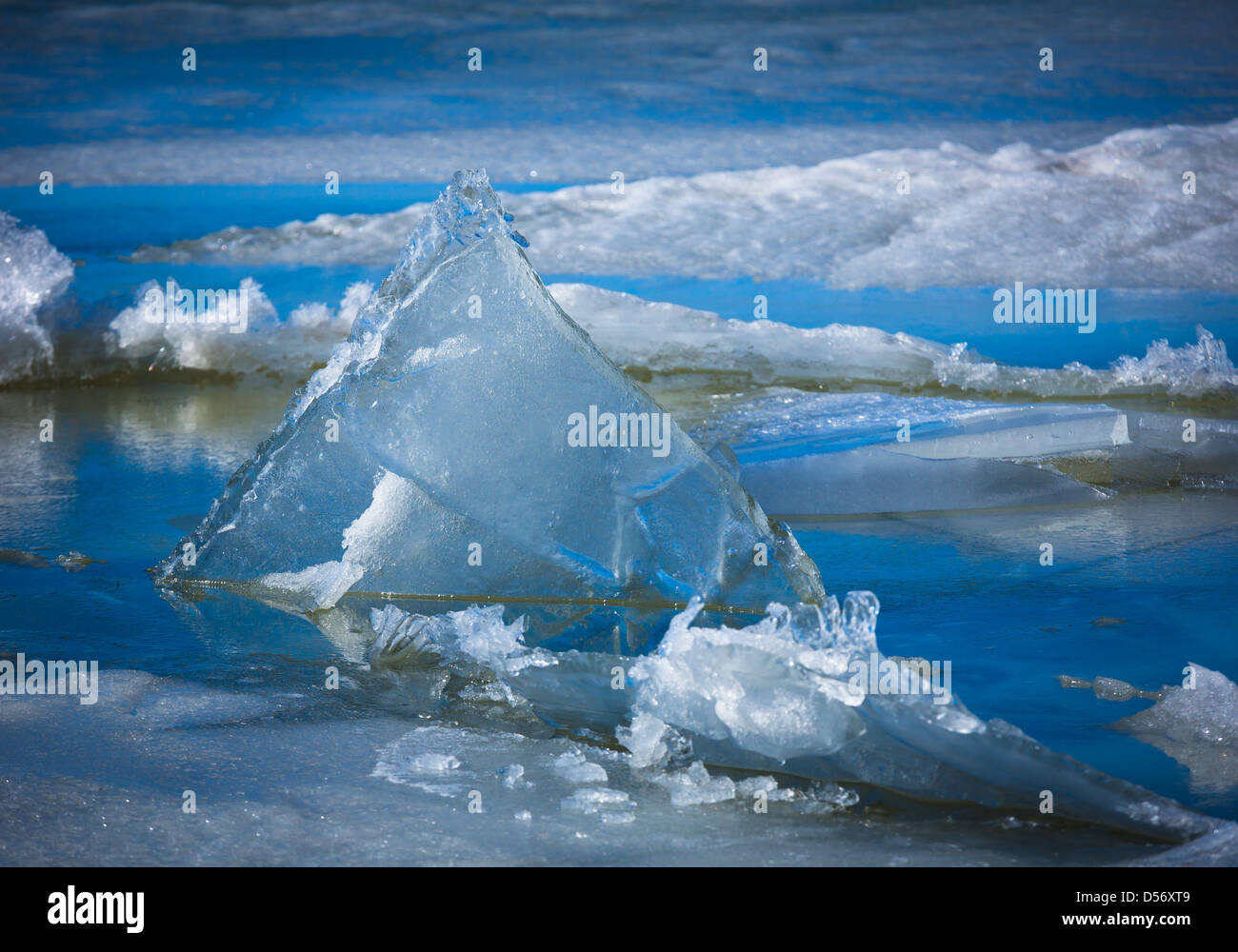 Triangular sheet of ice on Upper Klamath Lake in southern Oregon - Stock Image