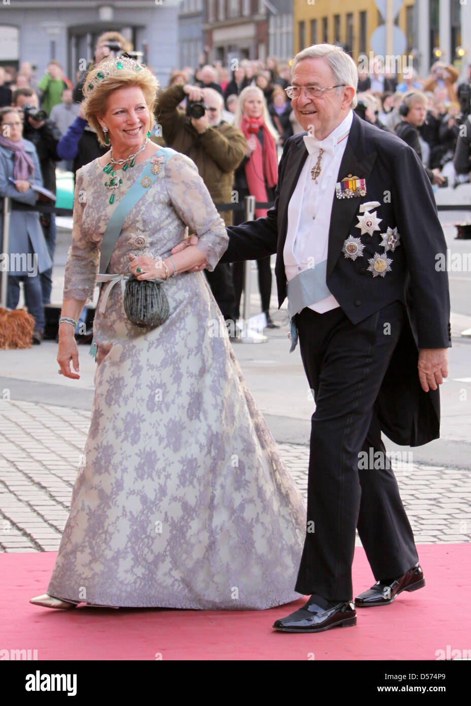 Queen Anne Marie Of Greece And King Constantine Of Greece Attend Stock Photo Alamy