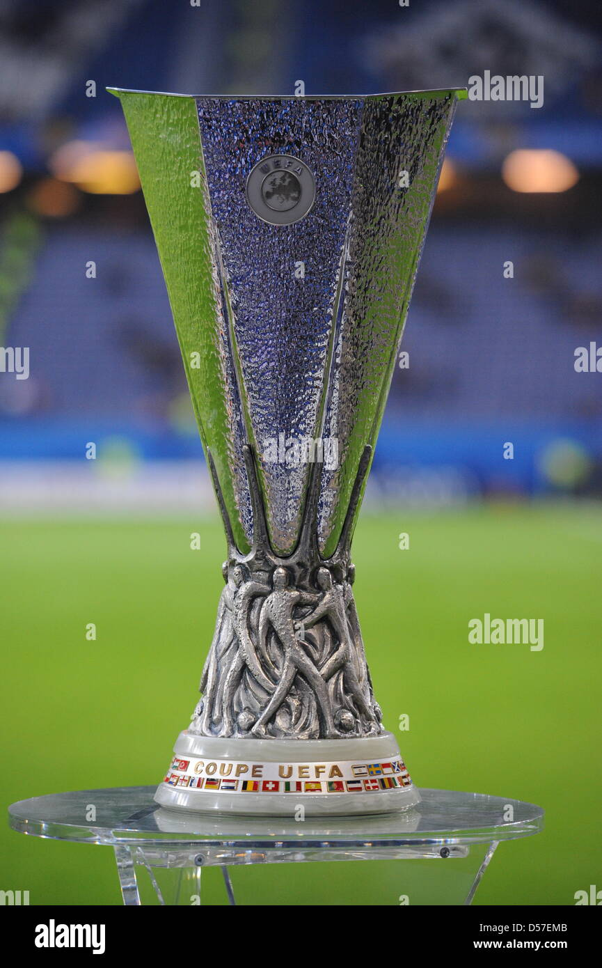 europa league trophy high resolution stock photography and images alamy https www alamy com stock photo the europa league trophy is pictured prior to the uefa europa league 54869595 html