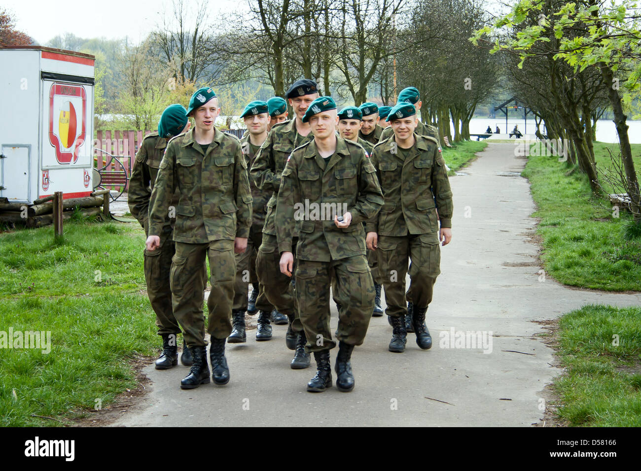 Poznan, Poland, Landstreitkraefte soldiers of the Polish Army in the road a recreational area - Stock Image