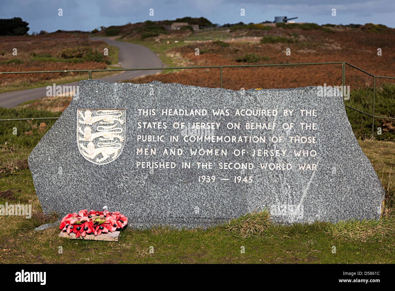 Memorial stone on Noir Mont headland commemorating those who died in the Second World War Jersey Channel Islands - Stock Image