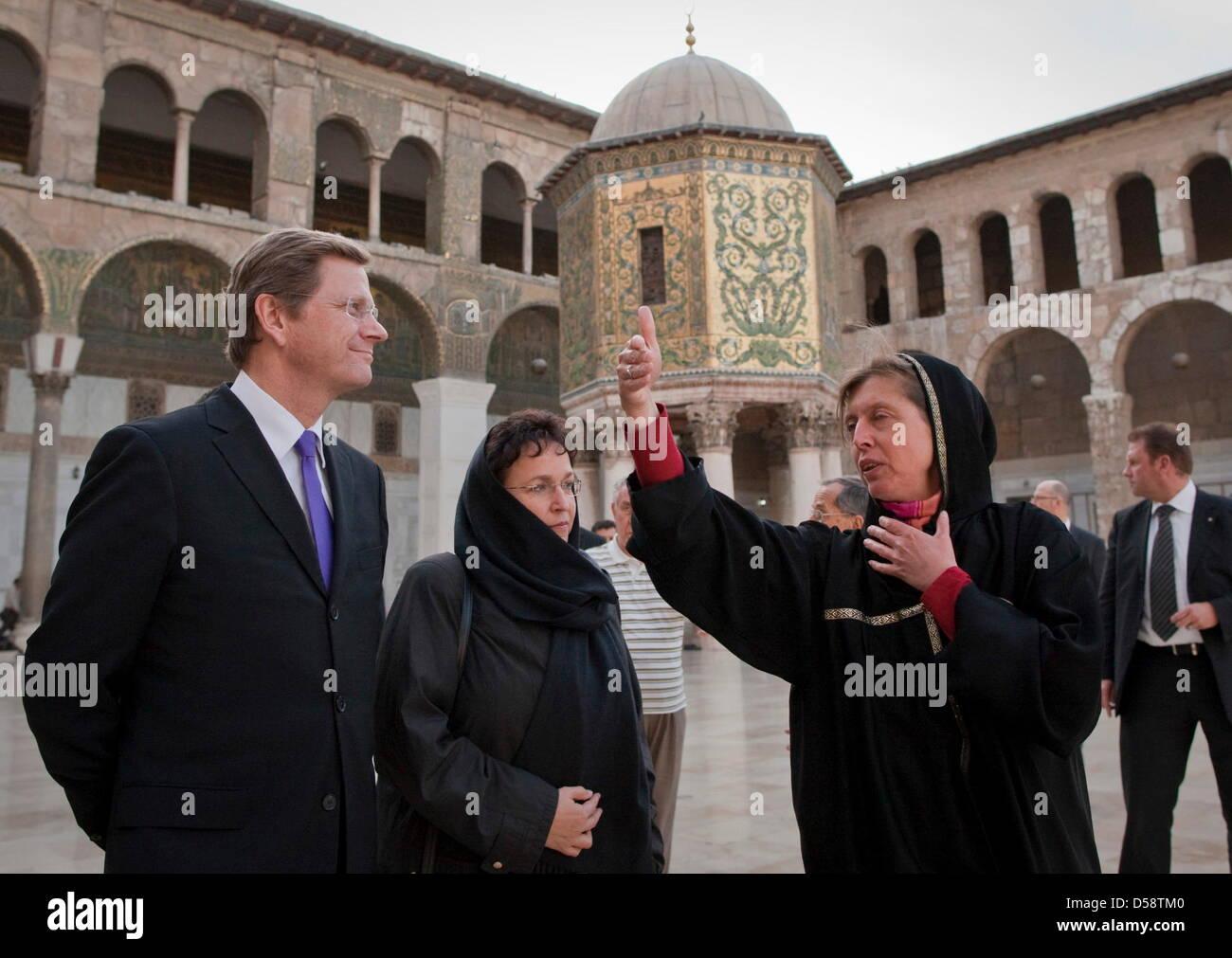 Bundesaußenminister Guido Westerwelle (FDP, l) besucht am Samstag (23.05.2010) in Damaskus mit Birgit HOMBURGER - Stock Image