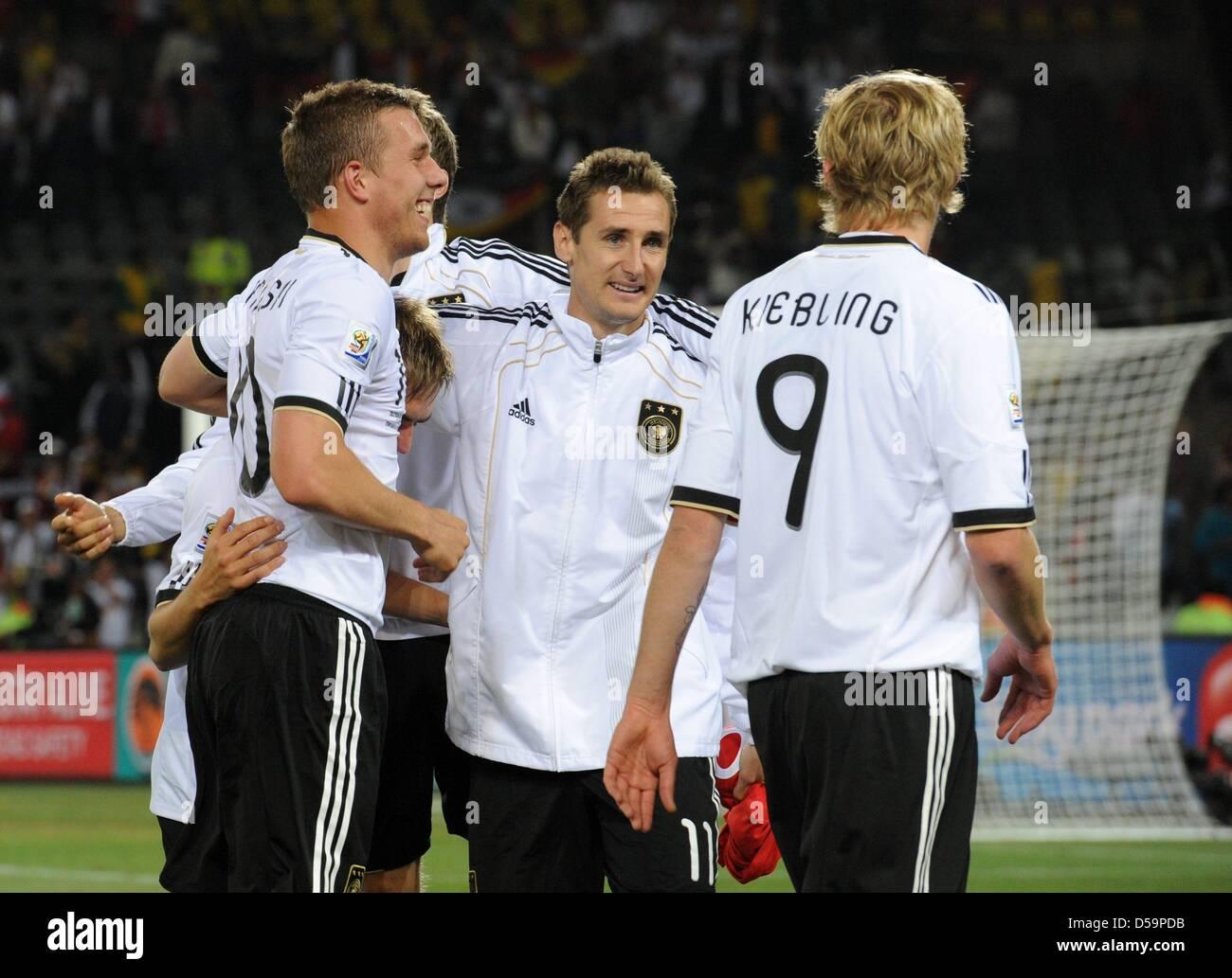 Miroslav Klose And Philipp Lahm Stock Photos   Miroslav Klose And ... ec97f19e7611b