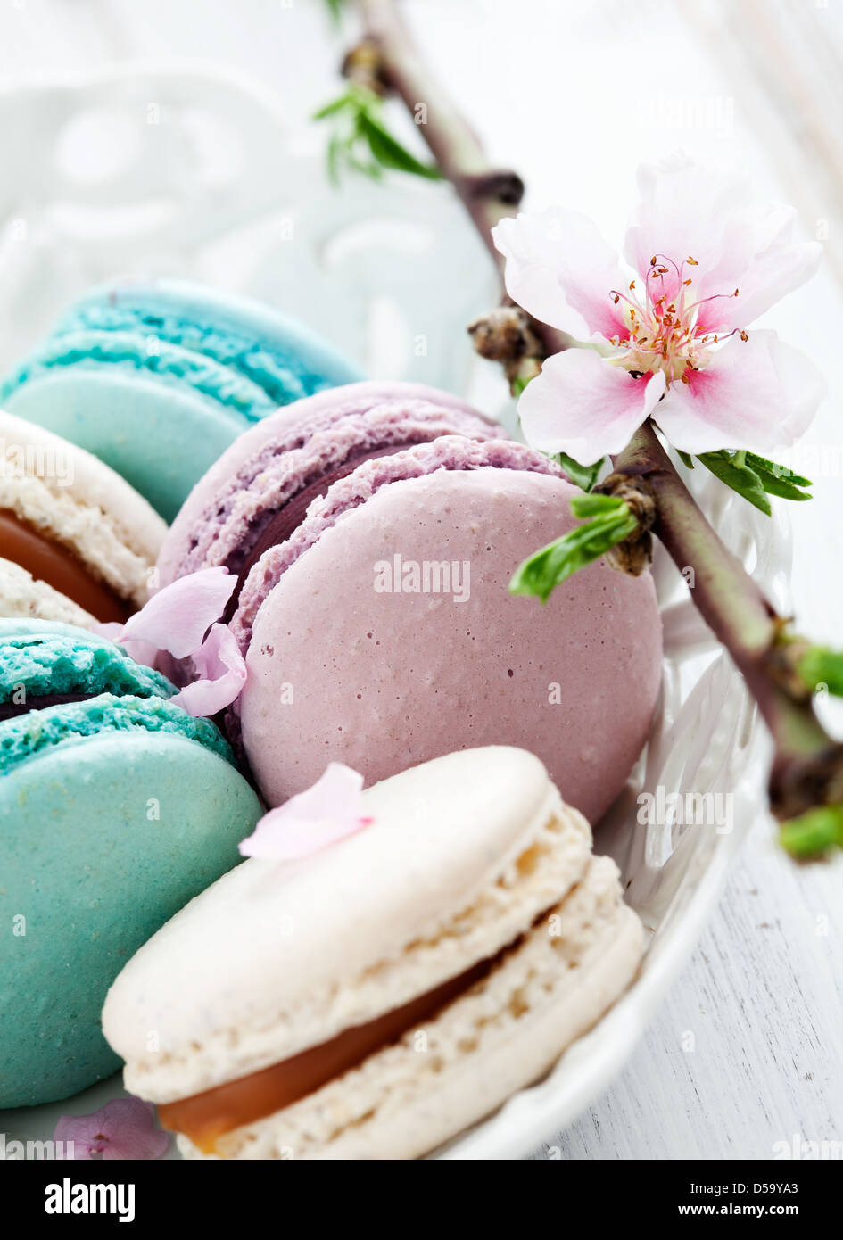 French macaroons in pink, turquoise and white - Stock Image