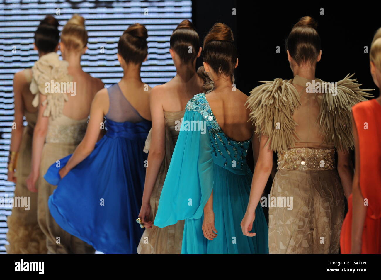 Models Walk For The Show Of The Mexican Label Ji B On The Catwalk Stock Photo Alamy