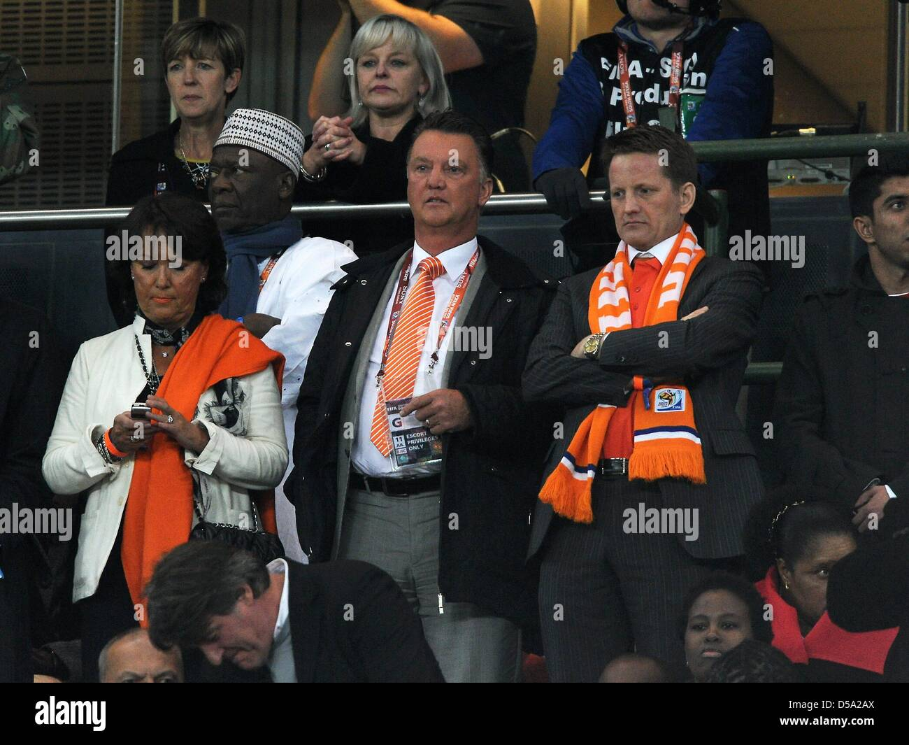 Coach Louis Van Gaal Wife Stock Photos & Coach Louis Van