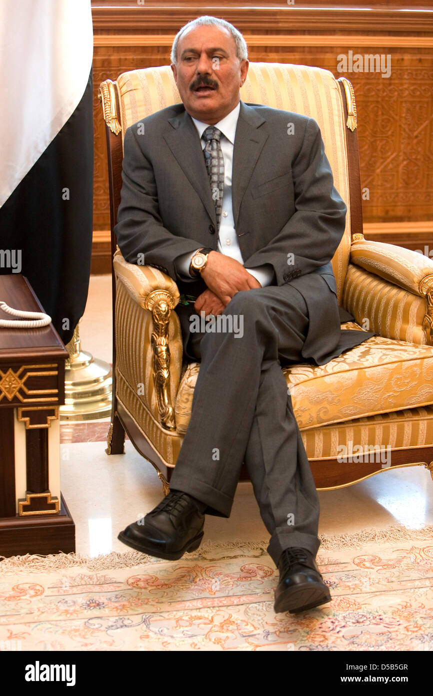 The President of the Republic of Yemen, Ali Abdullah Salih in Sanaa, Yemen, 11 January 2010. He is one of the longest - Stock Image