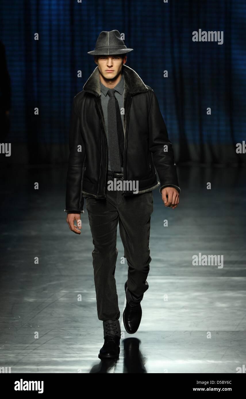 A model walk on the catwalk wearing a creation by Ermenegildo Zegna during  the Milano Moda Uomo Fall-Winter 2010 11 249655f832b