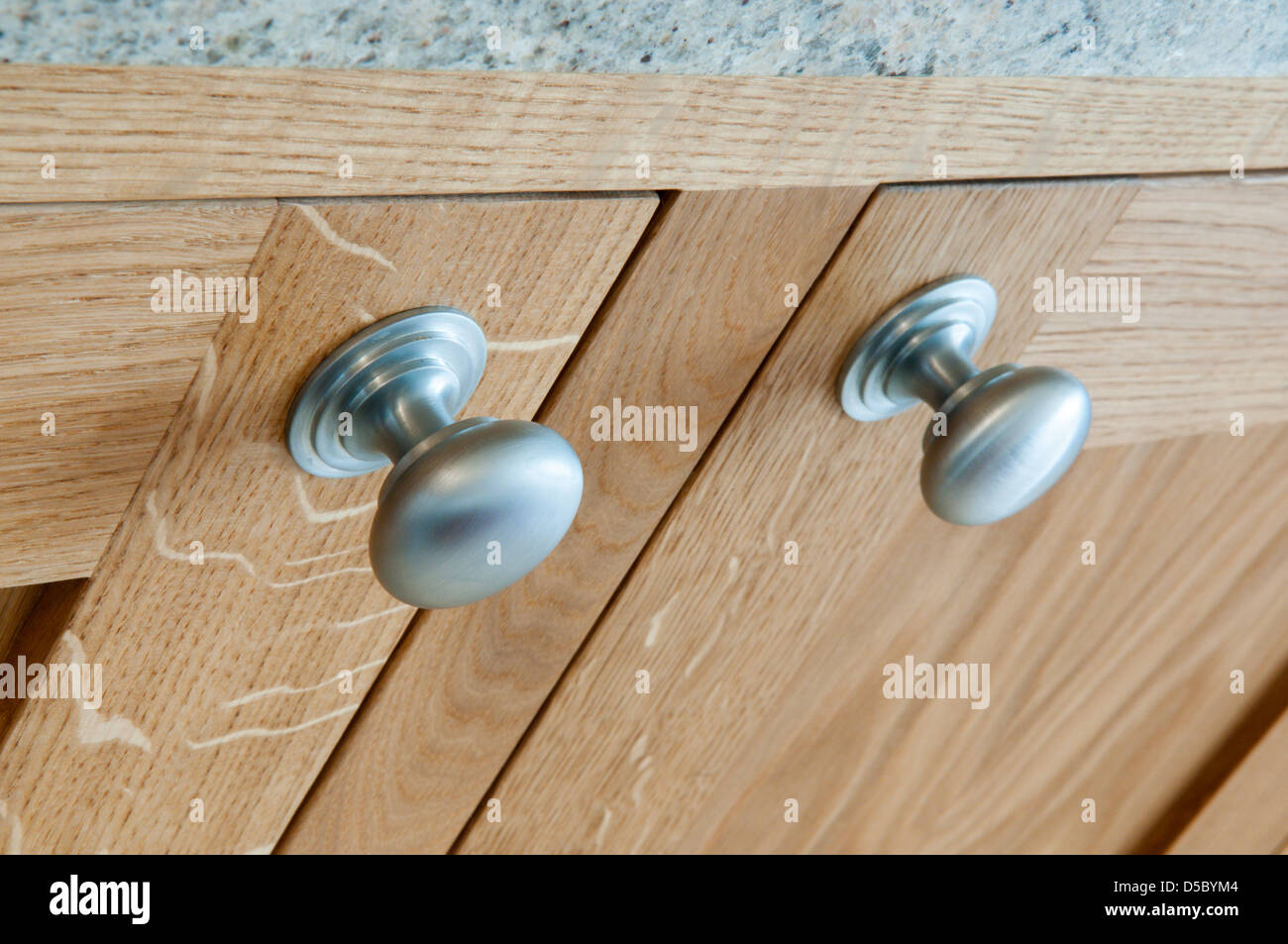 Cupboard Handles Stock Photos & Cupboard Handles Stock Images - Alamy