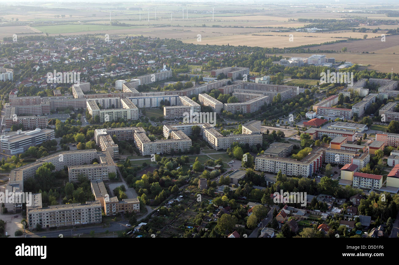 Magdeburg, Germany, aerial view of the city's new Olvenstedt - Stock Image
