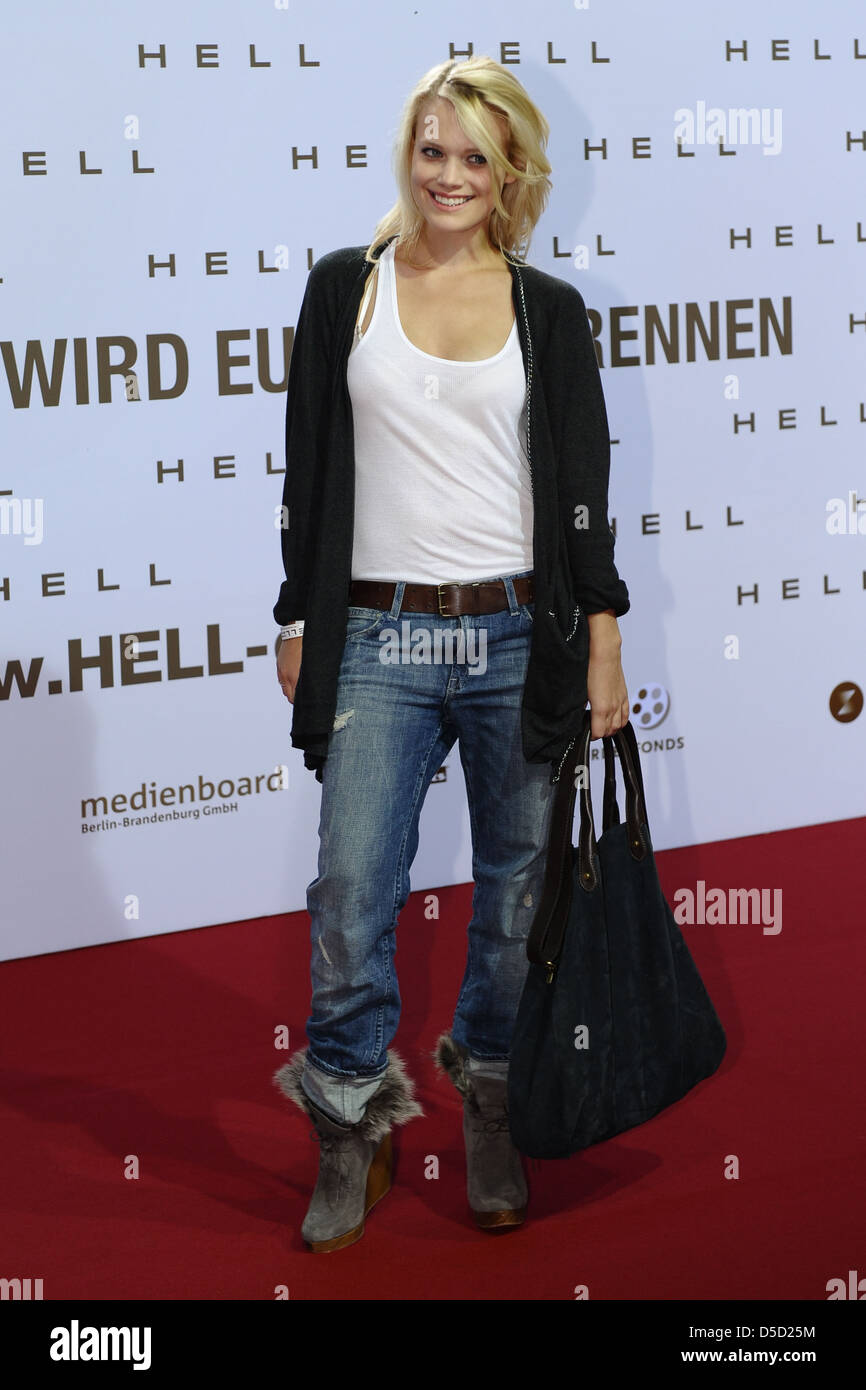Leonie Jung at the premiere of 'Hell' at Kino in der Kulturbrauerei movie theatre. Berlin, Germany - 15.09.2011 - Stock Image