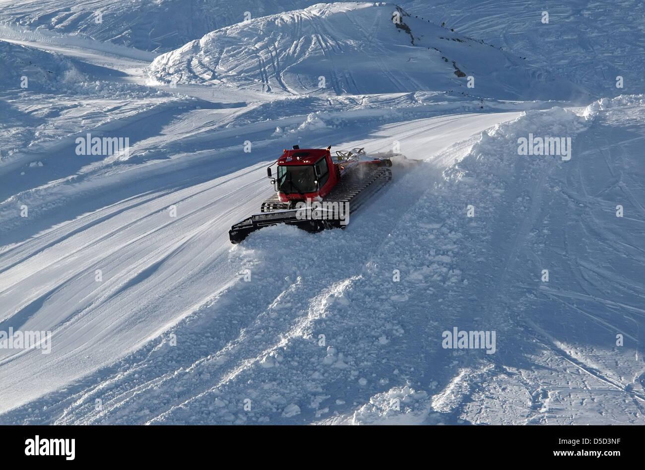 Krippenbrunn, Austria, snow cat groomed a ski slope - Stock Image