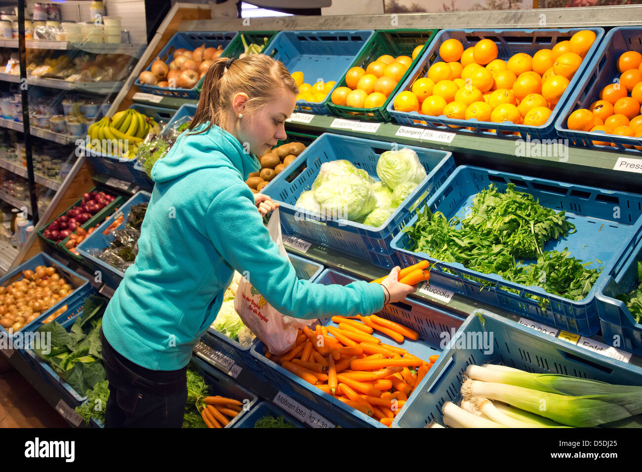 Duesseldorf, Germany, to buy vegetables from the farm shop Stock Photo