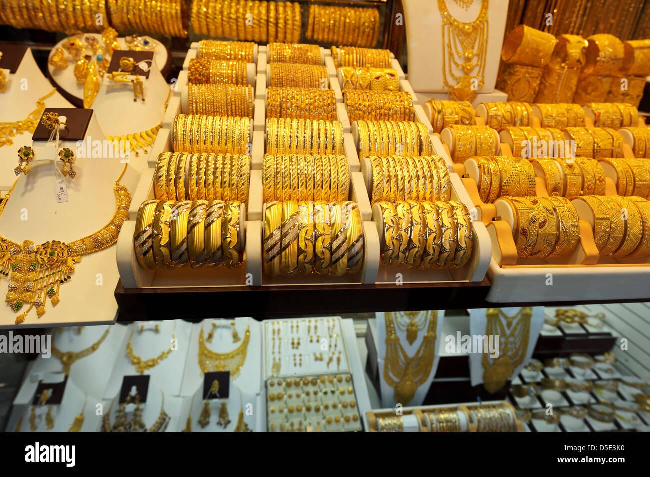 Gold Jewellery on sale, Dubai Gold Souk, Dubai, United Arab Emirates. - Stock Image