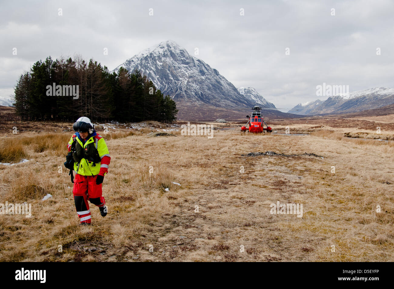 Glencoe, UK. 31st March 2013. Mountain rescue teams from Scotland resume their search for the missing skier on Glencoe Stock Photo