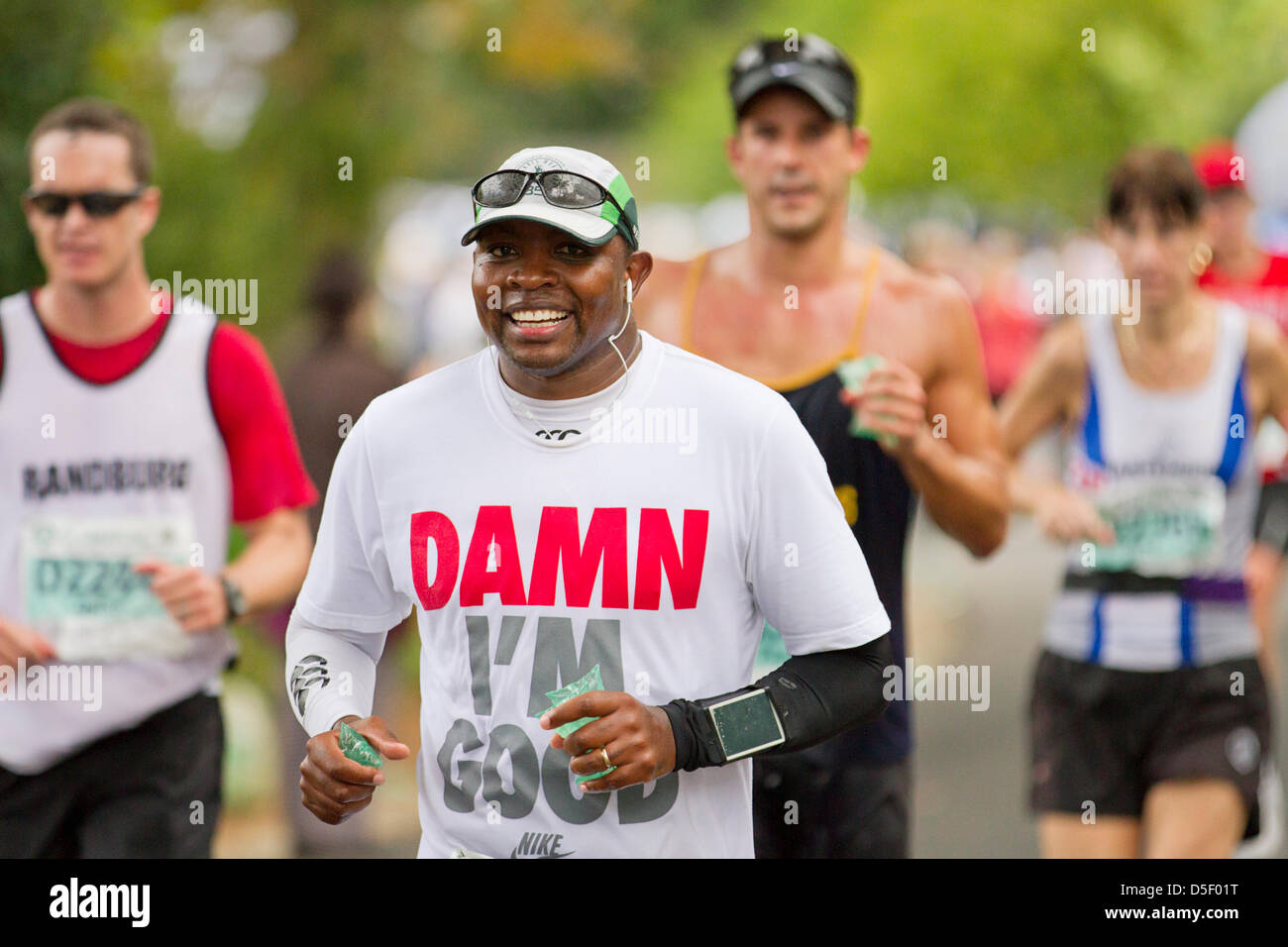 Competitors of the 44th consecutive Old Mutual Two Oceans Marathon - Stock Image