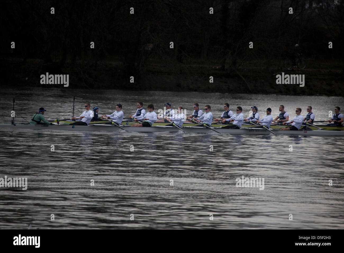 London, UK. 31st March, 2013. The London Boat Race takes place between Oxford University and Cambridge University - Stock Image