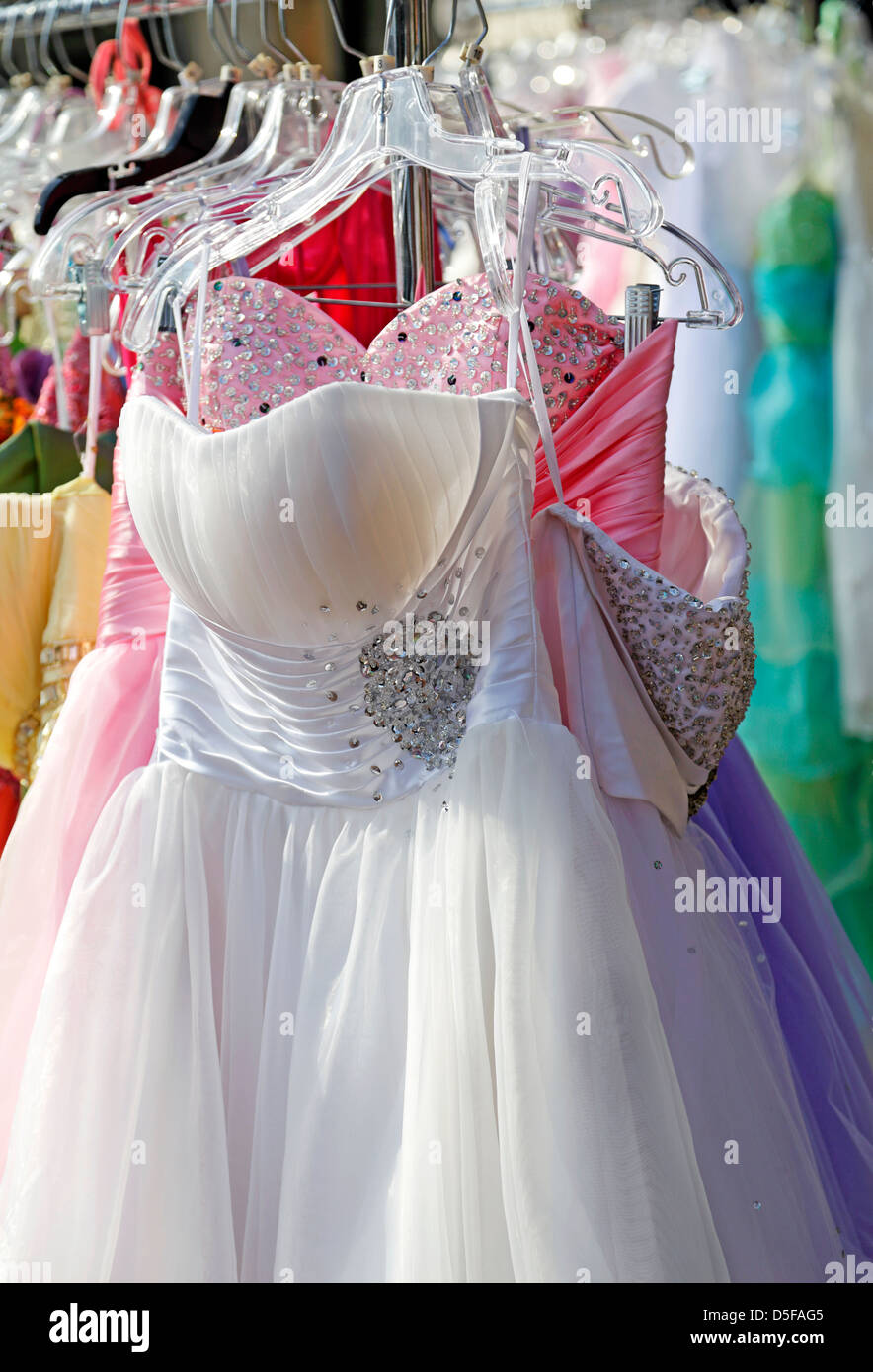 Evening Gowns Stock Photos & Evening Gowns Stock Images - Alamy