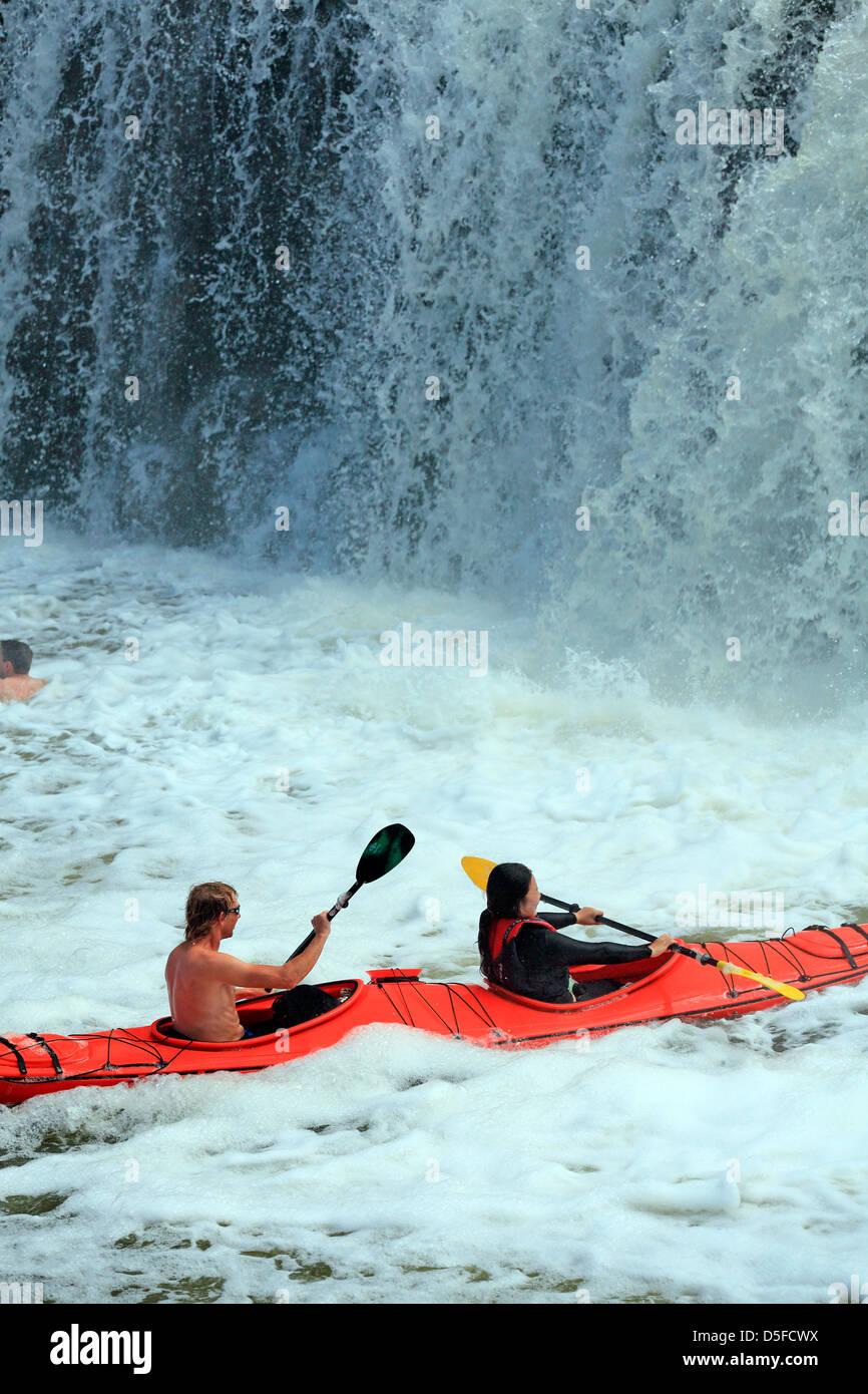 Kayaking at Haruru Falls on the Waitangi River in Northland. - Stock Image