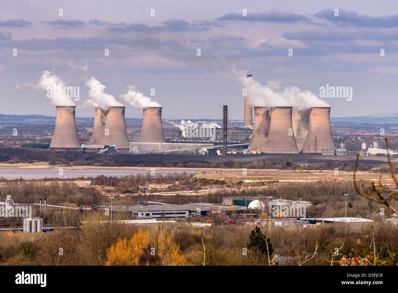 Fiddlers Ferry power station cooling towers at Cuerdley near Widnes seen from the south west. Stock Photo