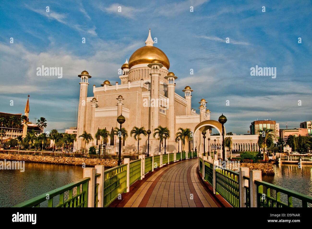 Sultan Omar Ali Saifuddin Mosque, - Stock Image