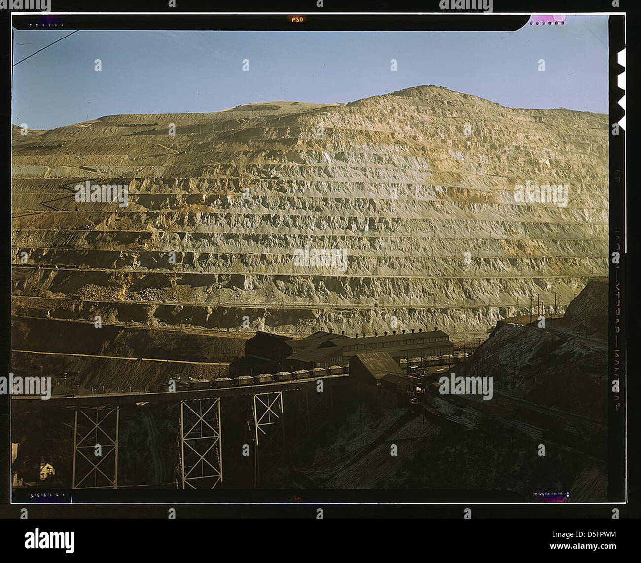 Open-pit workings of the Utah Copper Company, Bingham Canyon, Utah. This is the Carr Fork side from which the company - Stock Image