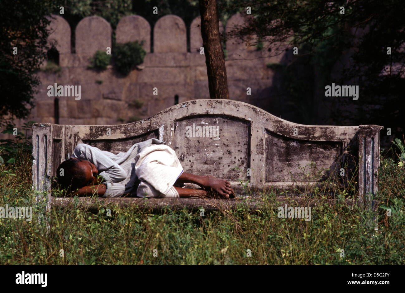 Homeless person sleeping outdoor in Velore India - Stock Image