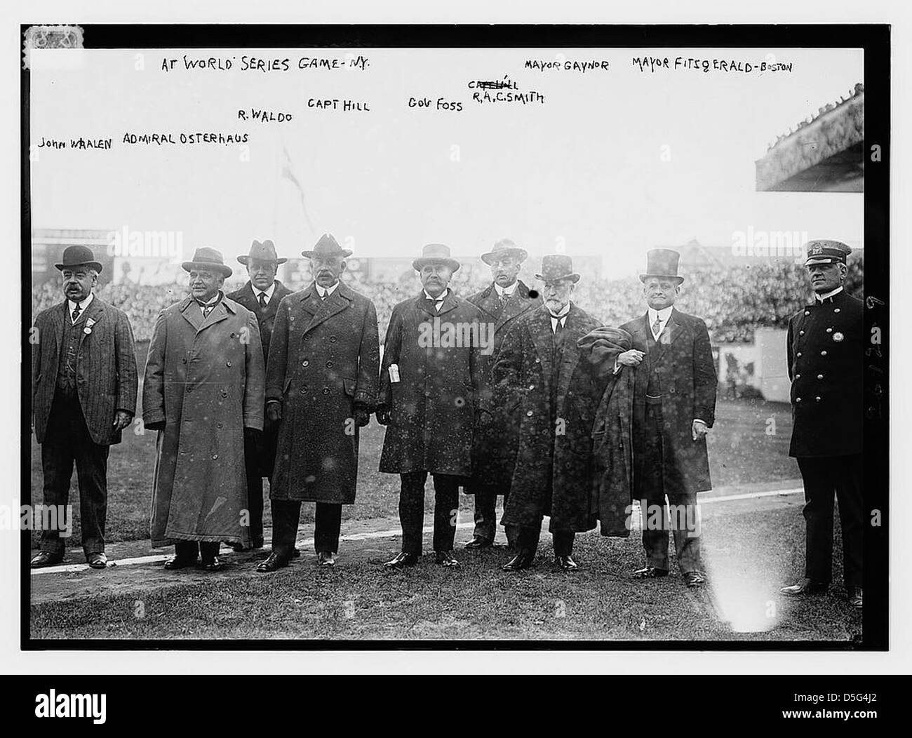 At World Series game, NY: John Whalen, Admiral Osterhaus, R. Waldo, Capt. Hill, Gov. Foss, R.A.C. Smith, Mayor Gaynor, - Stock Image