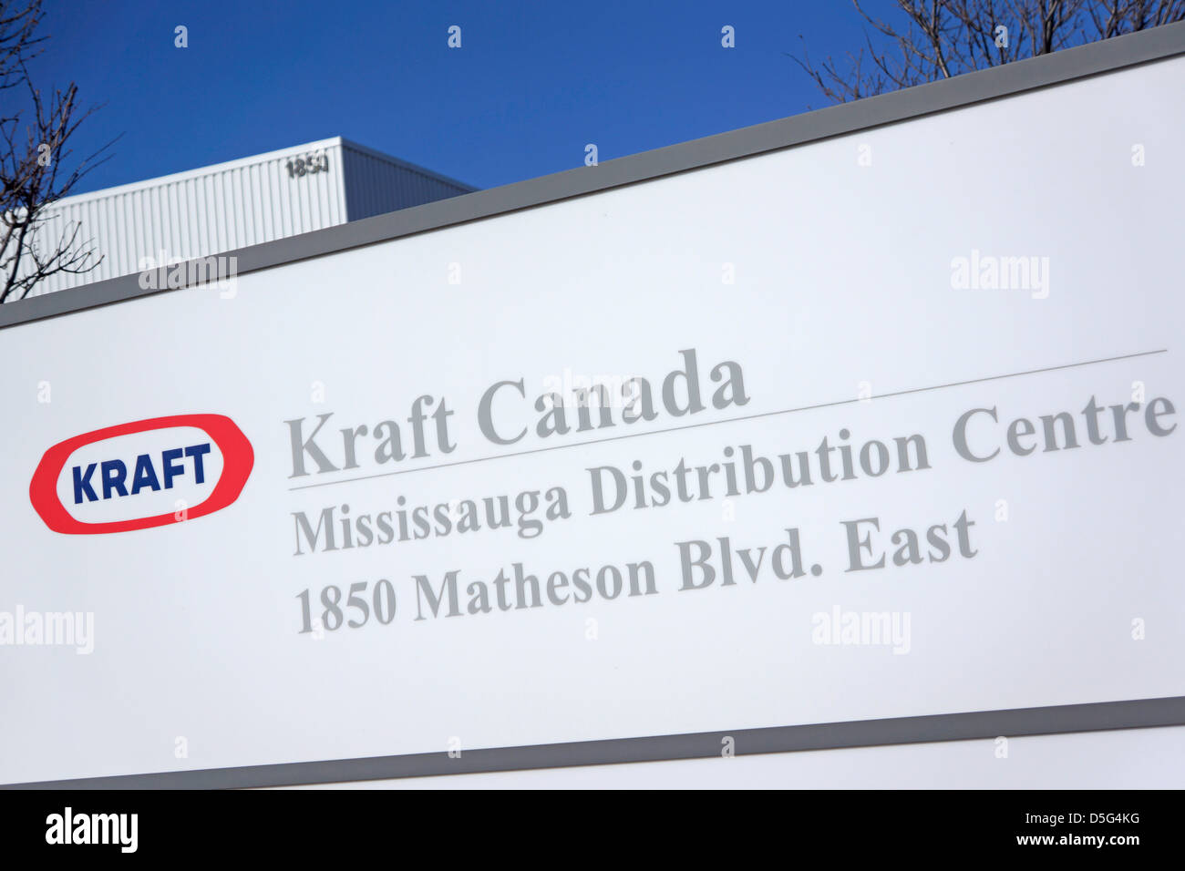 Kraft Canada Distribution Centre Sign Outside Office - Stock Image