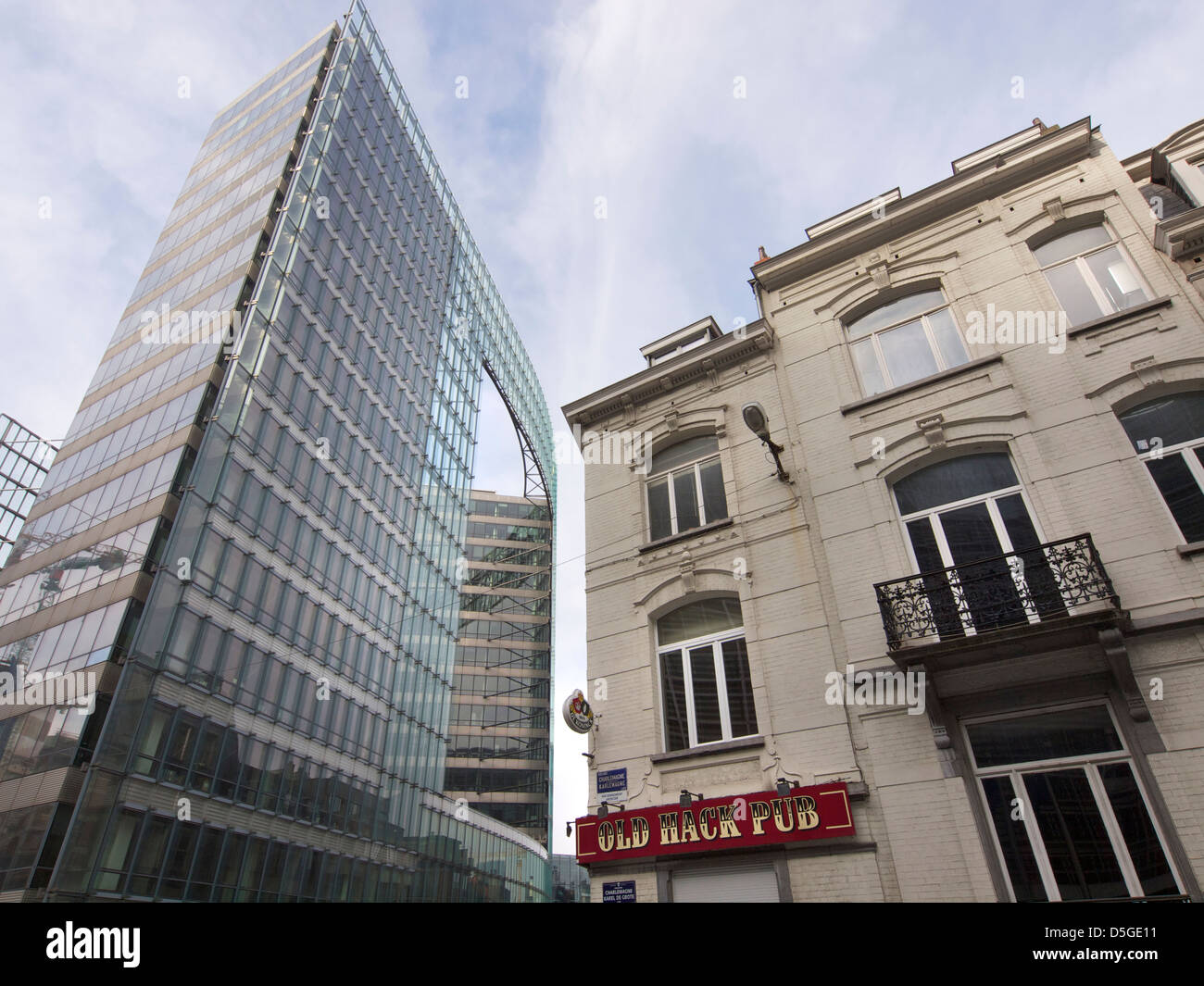 Old Hack Pub, old and new buildings in the European quarter of Brussels, Belgium Stock Photo