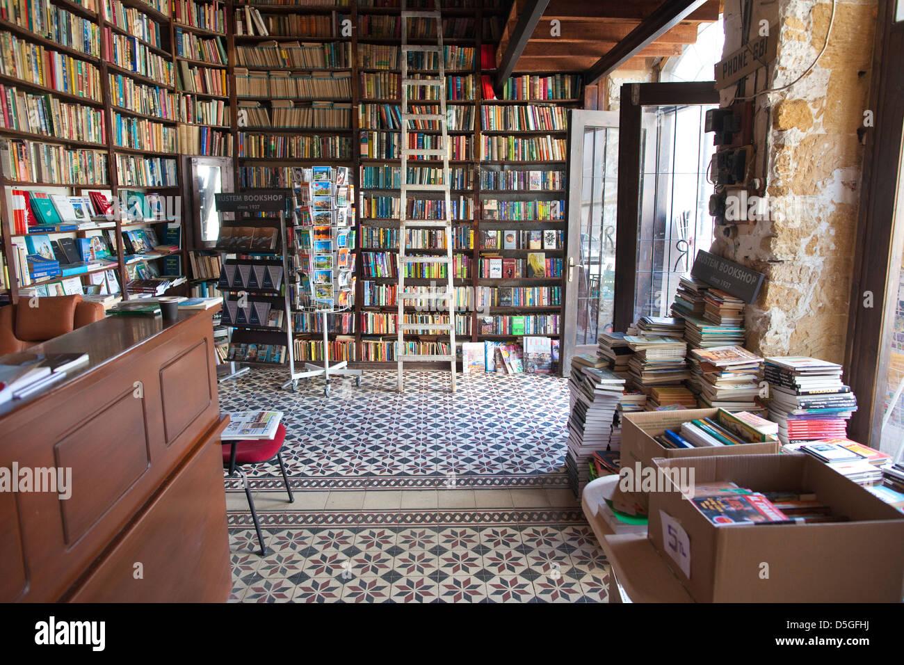 Rüstem Kitabevi bookstore in Nicosia North, Cyprus - Stock Image