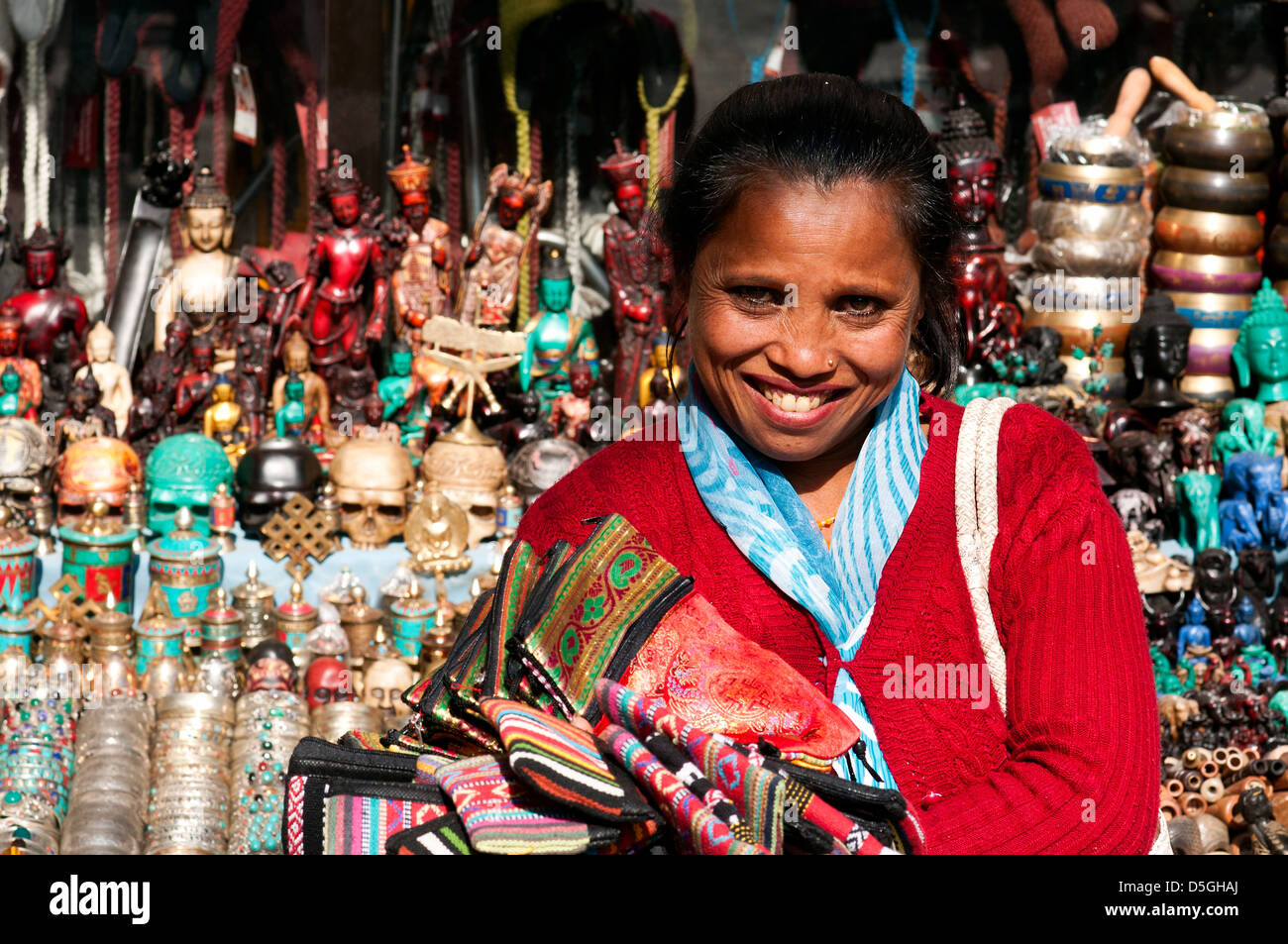 craft vendor, Thamel, kathmandu - Stock Image