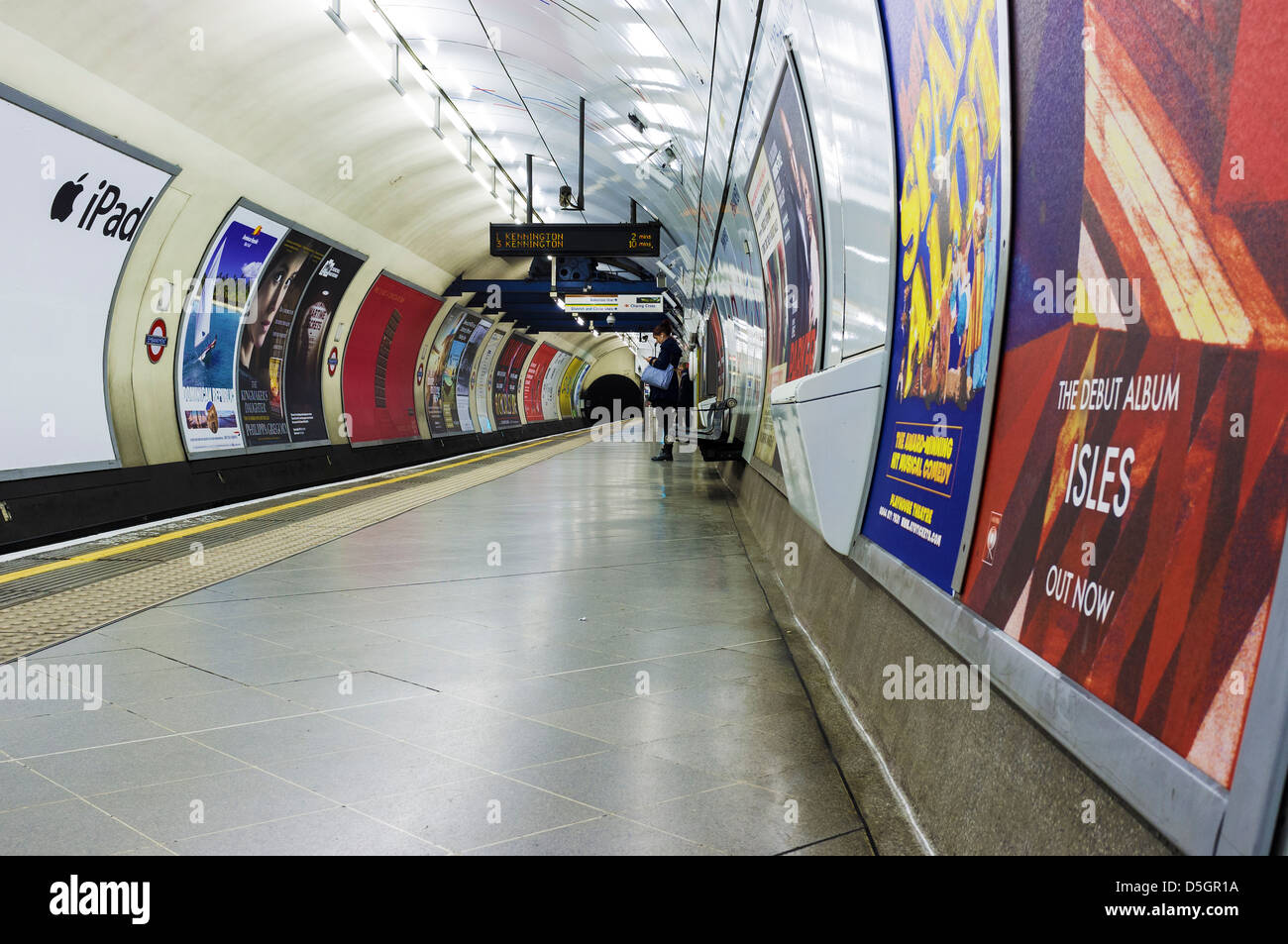 The platform of a London Tube Station - Stock Image