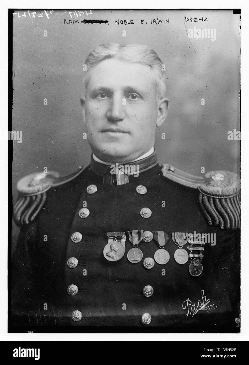 Epaulets Man Military Admiral Brass Buttons Dc Stock Photos