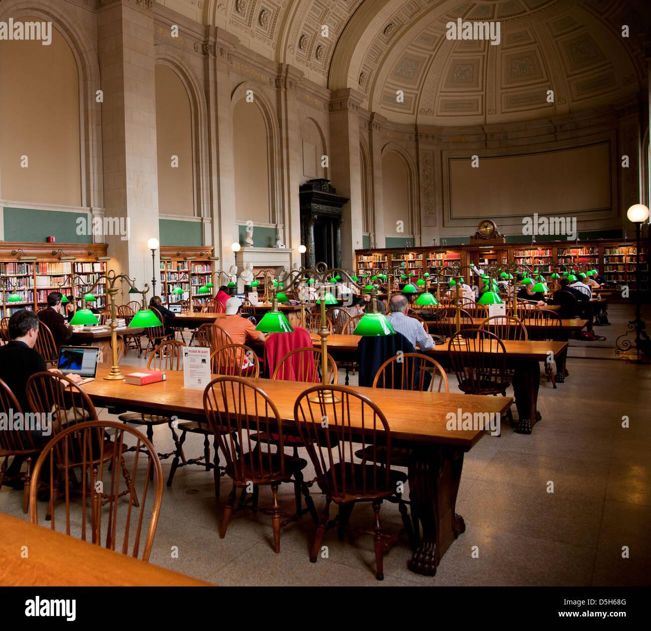 Interior view of reading area of historic Boston Public Library, McKim Building, Boston, MA - Stock Image