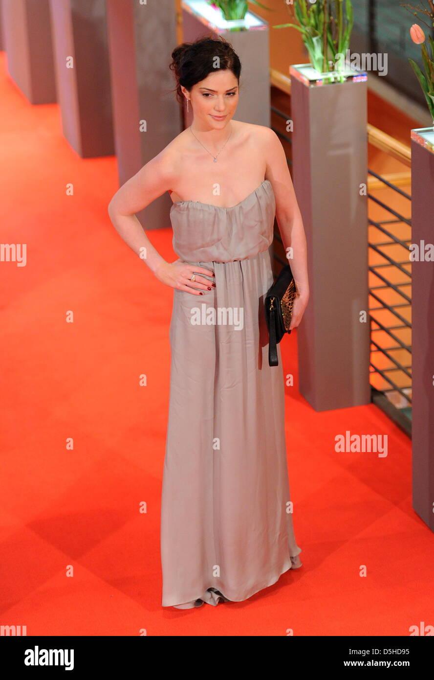 Ambyr Childers,Astrid Allwyn Porno pics & movies Peter Outerbridge,Kristen Dalton (actress)