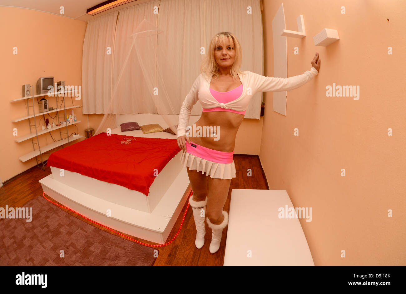 Ts eskort stockholm nakenmassage stockholm