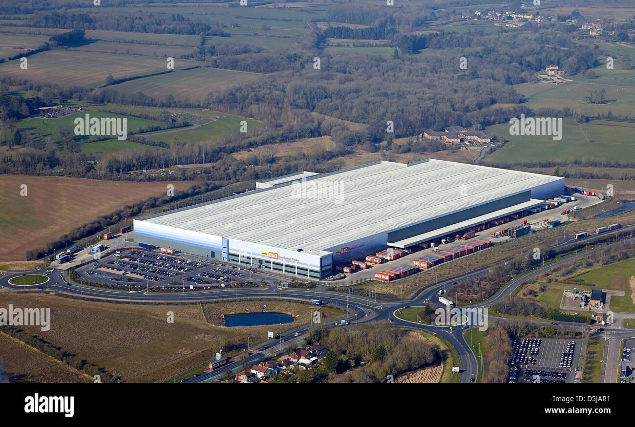 B & Q distribution warehouse, Swindon, Wiltshire, Southern England - Stock Image