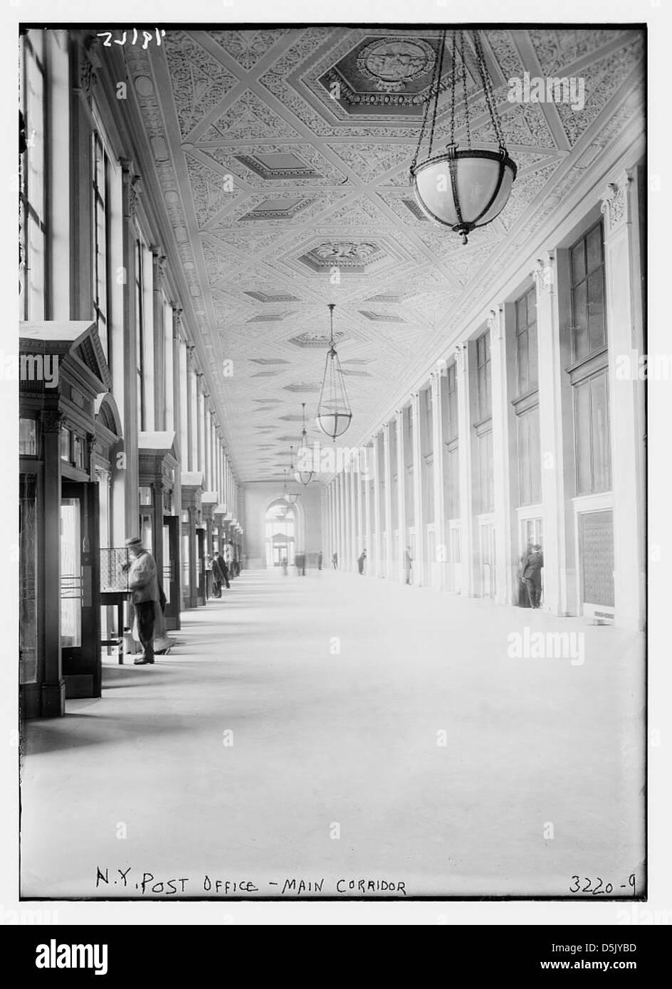 N.Y. Post Office -- main corridor (LOC) - Stock Image