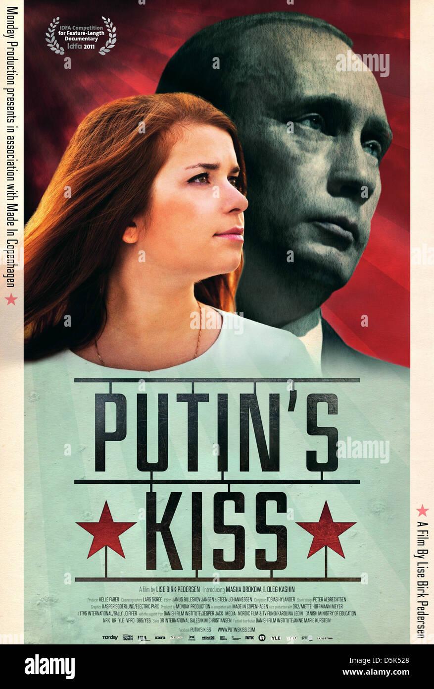 LISE BIRK PEDERSEN & VLADIMIR PUTIN POSTER PUTIN'S KISS (2012) - Stock Image