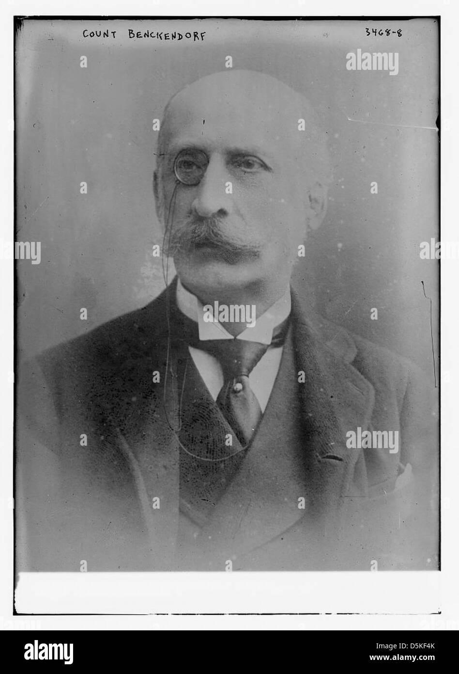 Man Bald Dc Stock Photos & Man Bald Dc Stock Images - Alamy