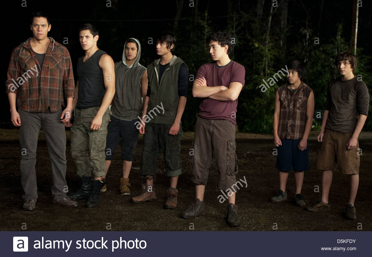 CHASKE SPENCER ALEX MERAZ BRONSON PELLETIER KIOWA GORDON & TYSON HOUSEMAN THE TWILIGHT SAGA: BREAKING DAWN  - Stock Image