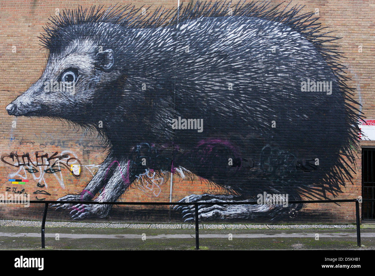 Murals and Street Art around Londons' Shoreditch District. - Stock Image