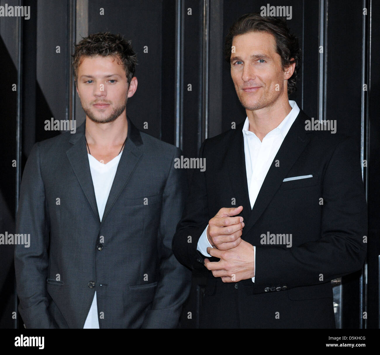 ryan phillippe and matthew mccongaughey at a photocall for the movie