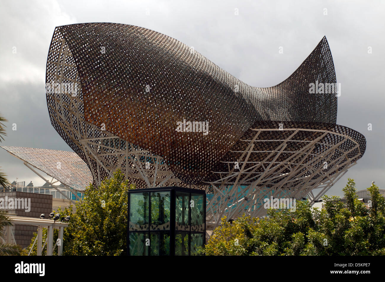'El Peix' (The Fish), by Frank Gehry  located in front of the Hotel Arts, at the Barceloneta neighborhood, - Stock Image