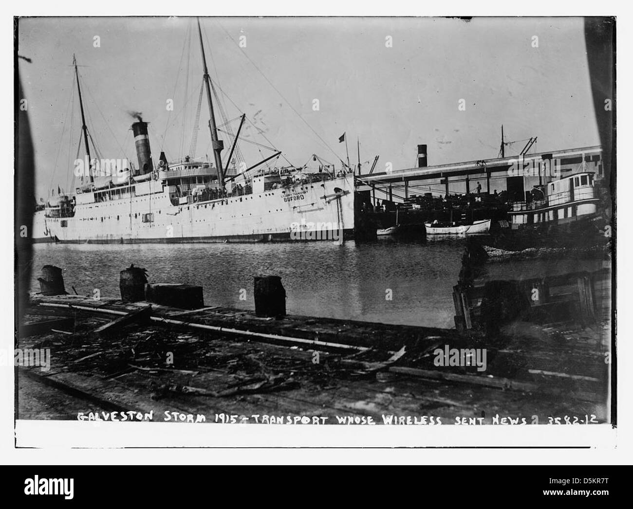 Galveston Storm, 1915 -- Transport whose wireless sent news [BUFORD] (LOC) - Stock Image