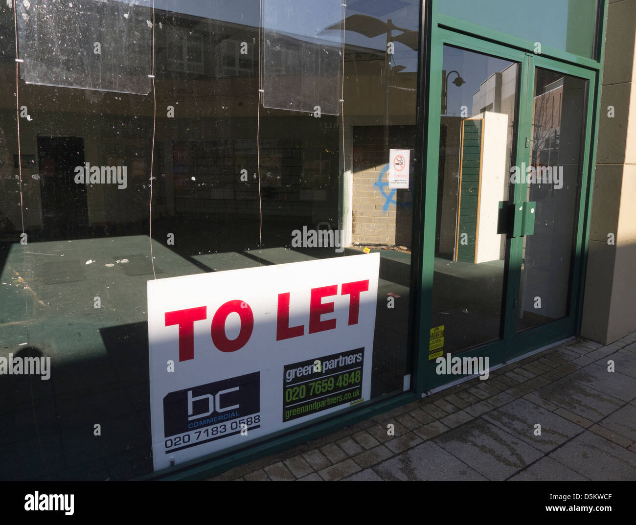 Vacant shop premises to let on the high street in King's Lynn. - Stock Image