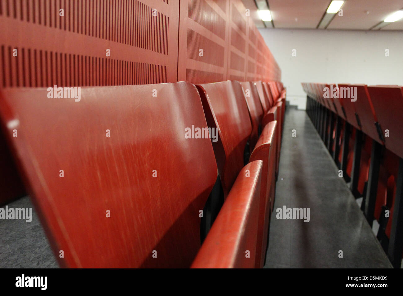 red university lecture hall - Stock Image