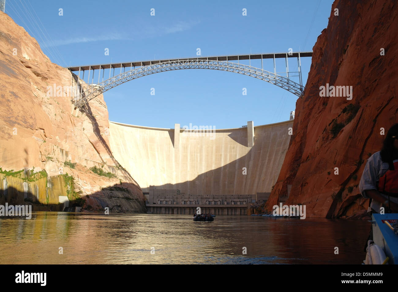 Colorado River Discovery >> Blue Sky View Colorado River Discovery Rafts In Canyon Looking