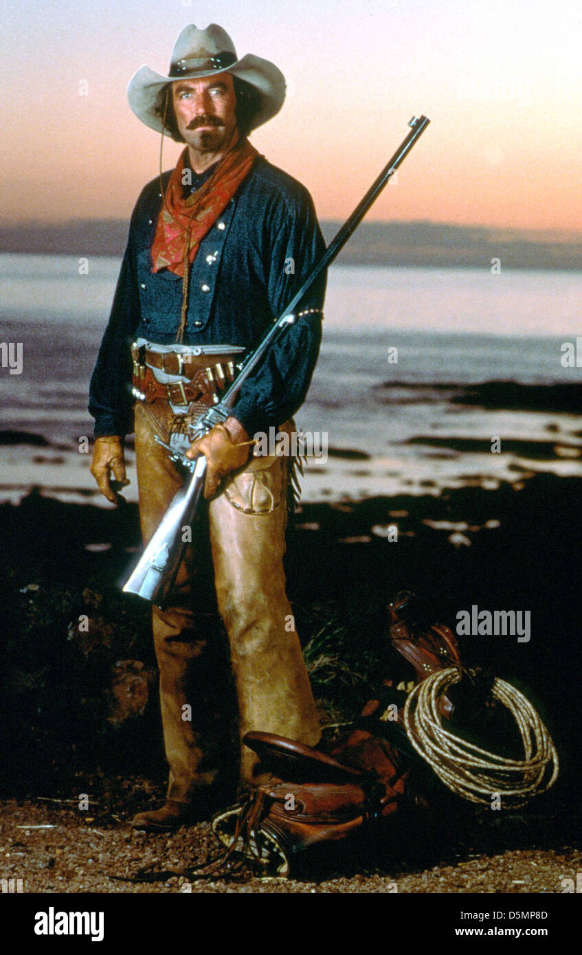 26ed7add96098 TOM SELLECK QUIGLEY DOWN UNDER (1990 Stock Photo  55160909 - Alamy